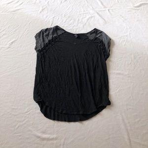 Torrid blouse black crewneck size 2X slip on